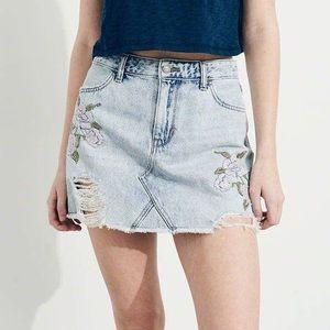 Hollister Embroidered High-Rise Denim Skirt 3